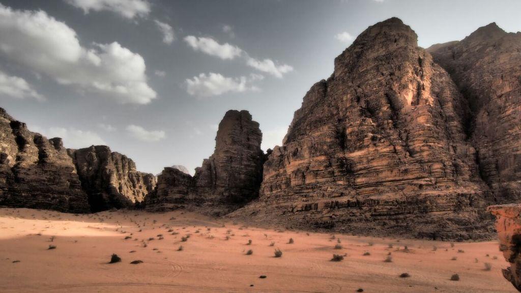Martian Desert Camp – Wadi Rum